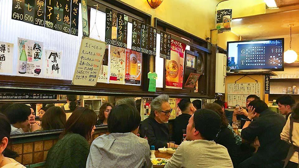 京都で昼飲み!開業90年、リアルな昭和レトロが楽しめる大衆居酒屋「京極スタンド」