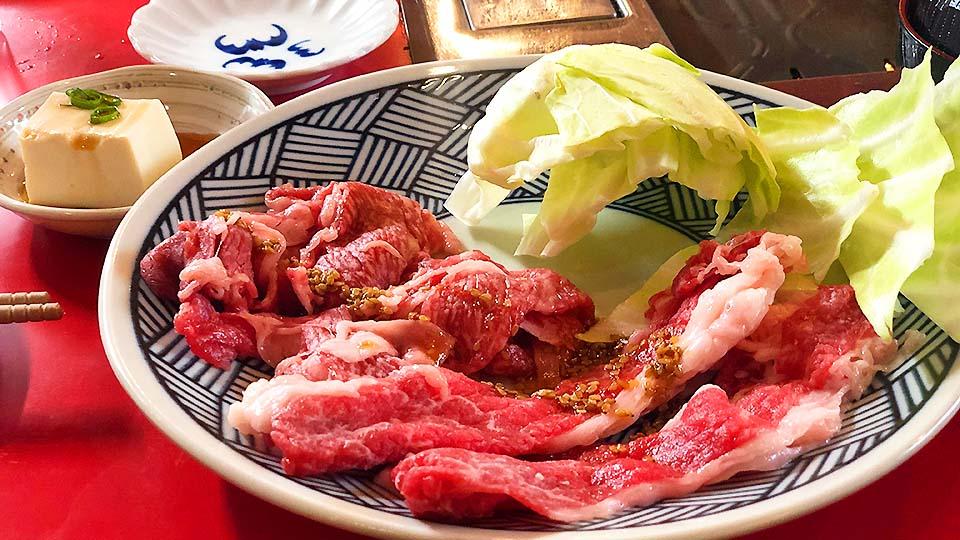 ビルの一室で絶品お値打ち焼肉ランチ!大阪・福島「ホルモン専門店 Da-Wa」